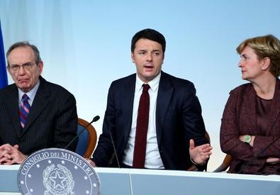 Padoan (s), Renzi e Guidi. (Archivio) (ANSA)