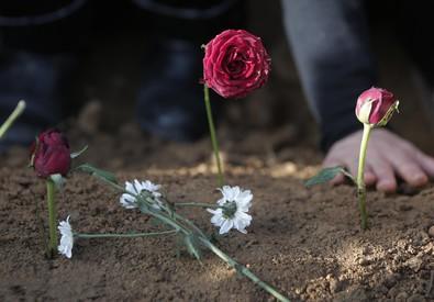 I funerali delle vittime della strage di Ankara (ANSA)