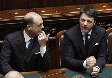 Angelino Alfano e Matteo Renzi in una foto d'archivio (ANSA)