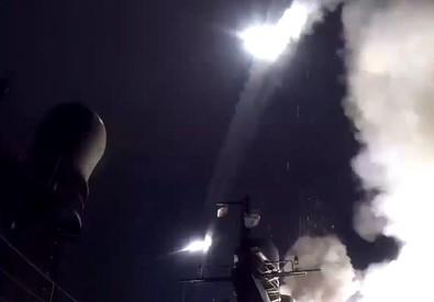 Missili russi verso la Siria lanciati dalle basi nel Caspio (ANSA)