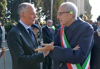Il neo commissario di Roma Francesco Paolo Tronca e il prefetto Franco Gabrielli (ANSA)