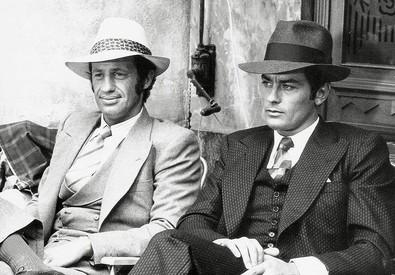Jean Paul Belmondo e Alain Delon in una foto di scena del film 'Borsalino' (ANSA)