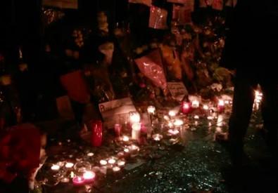 'Riaccendiamo la Ville Lumiere', Parigi sfida il terrore (ANSA)