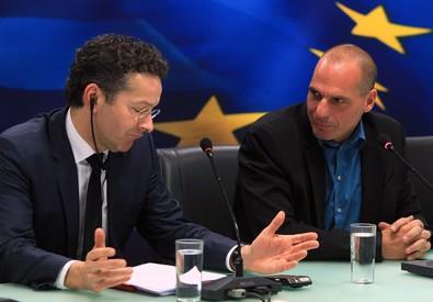 Jeroen Dijsselbloem e Yanis Varoufakis (ANSA)