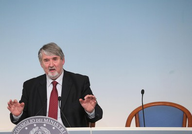 Jobs Act: Poletti in conferenza stampa (ANSA)