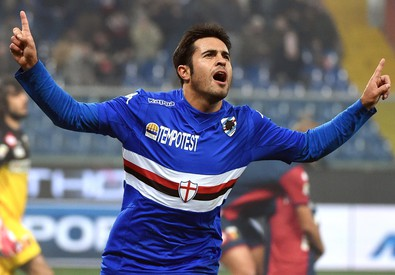 Martins Eder esulta dopo aver segnato in Sampdoria-Genoa il 24 febbraio 2015 (ANSA)