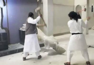 Isis, lo scempio dell'arte a Mosul (ANSA)