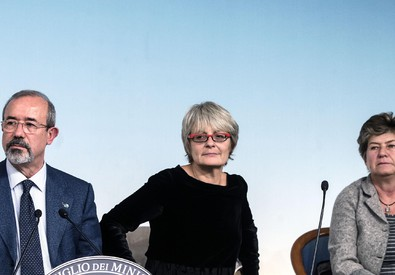 Susanna Camusso (Cgil), Annamaria Furlan (Cisl) e Carmelo Barbagallo (Uil) (ANSA)