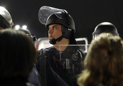 Due agenti colpiti da spari a Ferguson (ANSA)