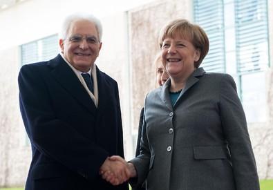 Il Presidente della Repubblica Sergio Mattarella con Angela Merkel, Ansa/ ufficio stampa della presidenza della Repubblica (ANSA)