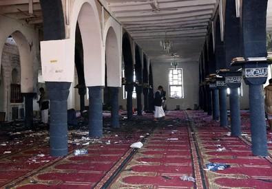 Yemen, attacchi a moschee (ANSA)