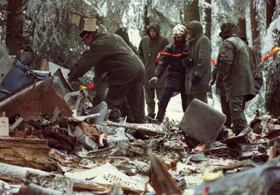 20 gennaio 1992: un A320 della compagnia francese Air Inter si schianta vicino al monte Sainte-Odile (Francia), 87 morti (ANSA)