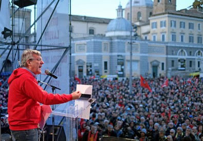 Il segretario della Fiom Maurizio Landini (ANSA)