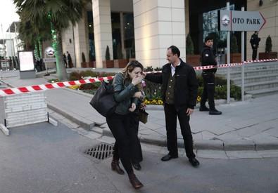 Turchia: attacco a sede polizia, uccisa una donna-kamikaze (ANSA)