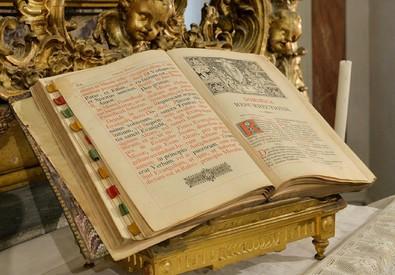 Sindone: in mostra a Torino i tesori sacri del Polo Reale (ANSA)