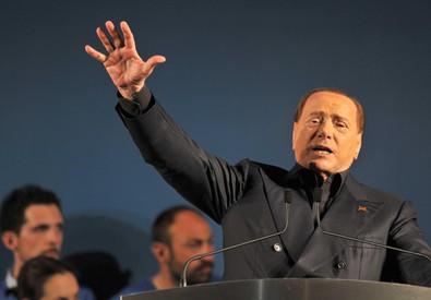 Berlusconi,Italia vive momento drammatico,bisogna cambiare (ANSA)