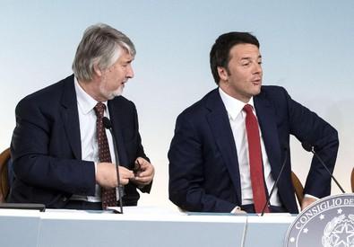 Matteo Renzi e Giuliano Poletti (ANSA)