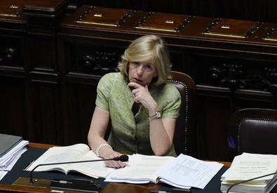 Il ministro Giannini in Aula (ANSA)