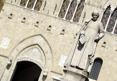 Un'immagine di Palazzo Salimbeni, sede del Monte dei Paschi di Siena (ANSA)