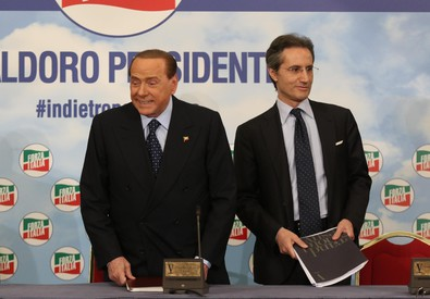 Silvio Berlusconi e Stefano Caldoro (ANSA)