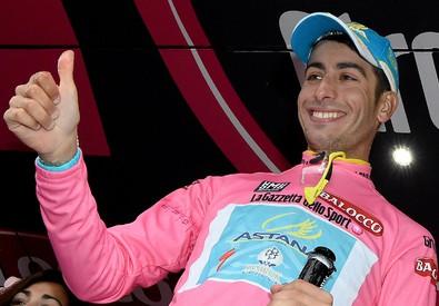 Giro: 13/a tappa, Aru nuova maglia rosa (ANSA)