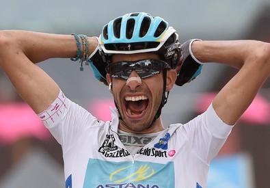 Giro, 20/a tappa: Aru vince anche sul Sestriere (ANSA)