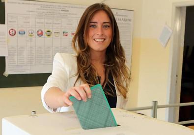 Maria Elena Boschi al seggio (ANSA)