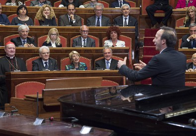 Un'immagine della Lectura Dantis di Benigni al Senato (ANSA)