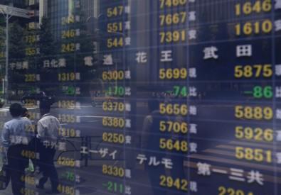 Crollo Borse in Cina, 28 società sospendono processo di quotazione (ANSA)