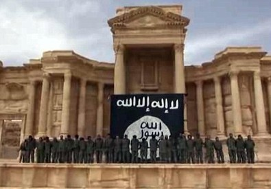 Video Isis, esecuzioni in teatro Palmira (ANSA)