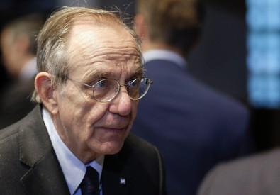 Il ministro Padoan (ANSA)