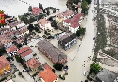 Una veduta dall'alto della zona del piacentino colpita dal maltempo (ANSA)