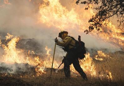 E' incubo incendi in California, stato di emergenza (ANSA)