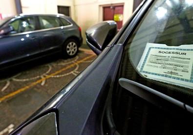 Rc auto: addio tagliando,stretta su assicurazioni false (ANSA)