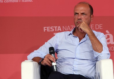 Angelino Alfano alla festa dell'Unità a Milano (ANSA)