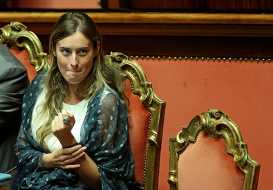 Il ministro Maria Elena Boschi durante la discussione della riforma Costituzionale in aula del Senato (ANSA)