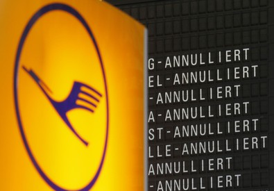 Il logo della Lufthansa (ANSA)