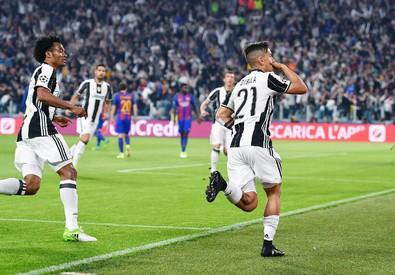L'esultanza di Paulo Dybala dopo il primo gol (ANSA)