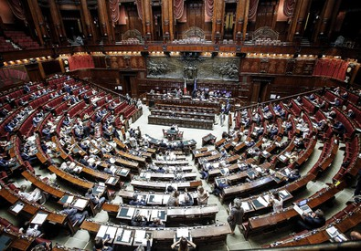 for Oggi in parlamento