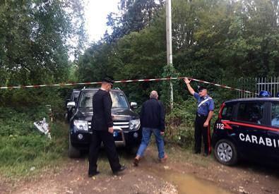 Un momento delle ricerche del corpo di Marilena Rosa Re, 58 enne scomparsa da Castellanza (Varese)  lo scorso 30 aprile, e del cui omicidio e occultamento di cadavere indagato Vito Cleric che ha  indicato agli inquirenti il posto in cui scavare (ANSA)