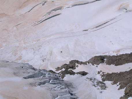 Valanga su Monviso: un morto, 7 illesi