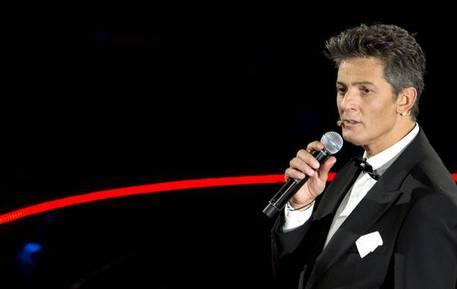 Fiorello, nel nuovo show 'L'Ora del Rosario' duetto con Mina e Tony Renis