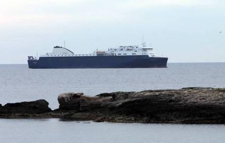 Incendio su nave Grimaldi, nessun ferito a bordo$