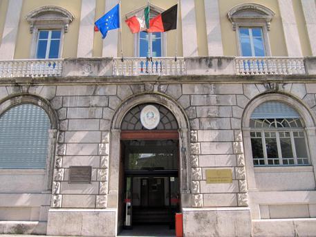 Désarpa funestata a Gressoney-Saint-Jean: auto investe mandria, morto un allevatore