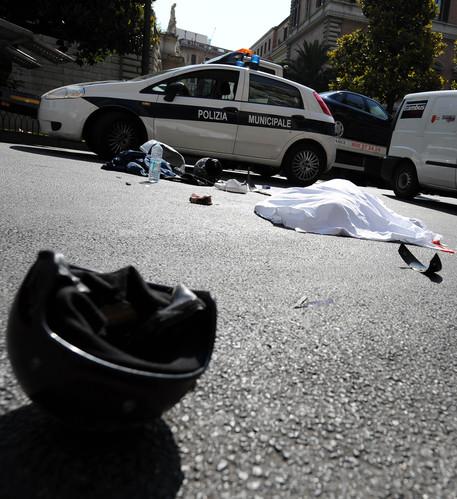 Motociclista muore al passo dei Giovi