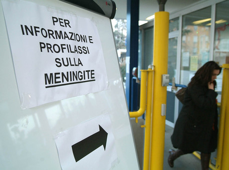 Meningite C, studentessa in prognosi riservata