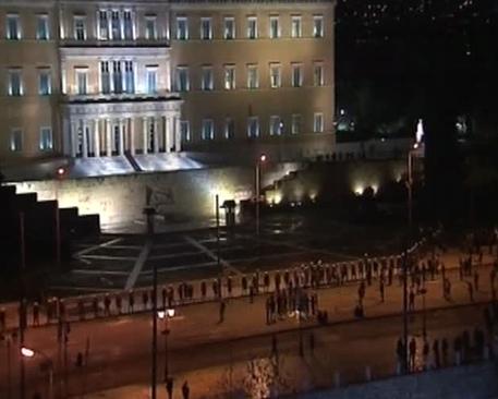 Grecia oggi in parlamento bilancio 2015 europa for Oggi in parlamento