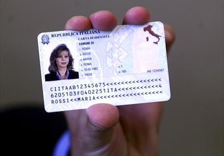 Carta d'identità elettronica anche a Cosenza da venerdì prossimo