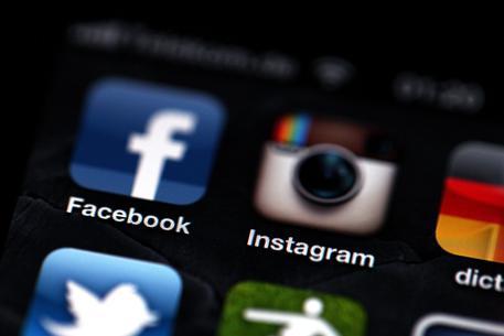 Twitter a utenti 'vip', non postate foto da Instagram