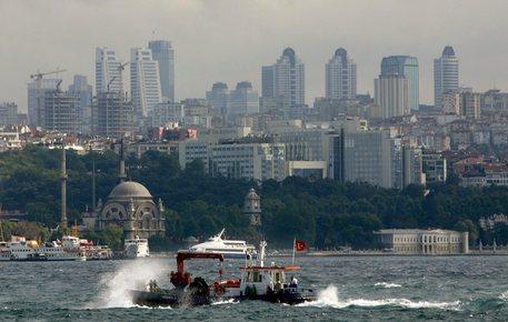 Turchia, scontro tra una nave da guerra russa e un cargo